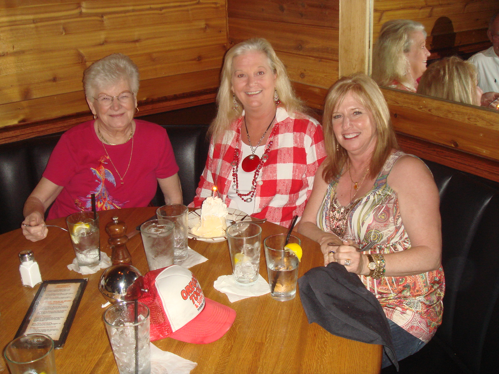 mom-Kathy and daughters